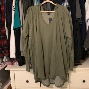 Torrid hoodie v neck sweatshirt